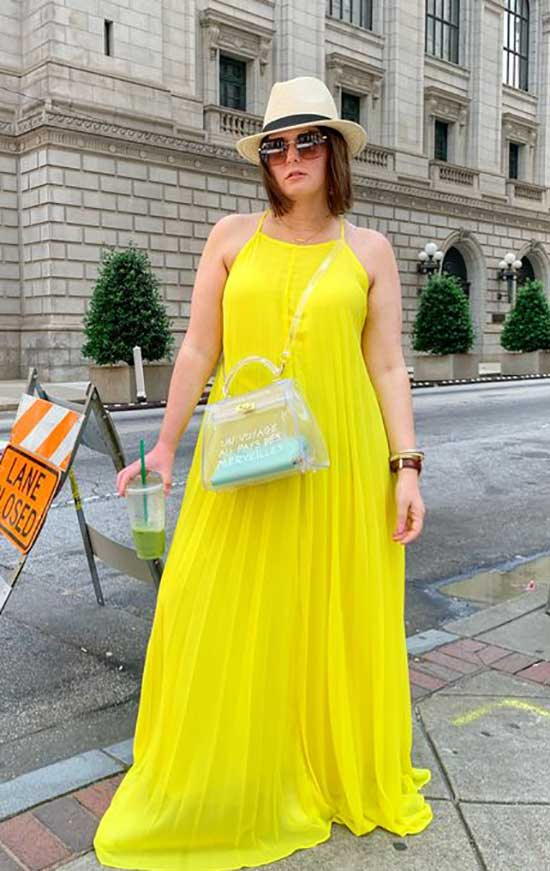 Summer Dress Outfits for Curvy Women