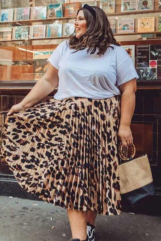 Summer Skirt Outfits for Curvy Women