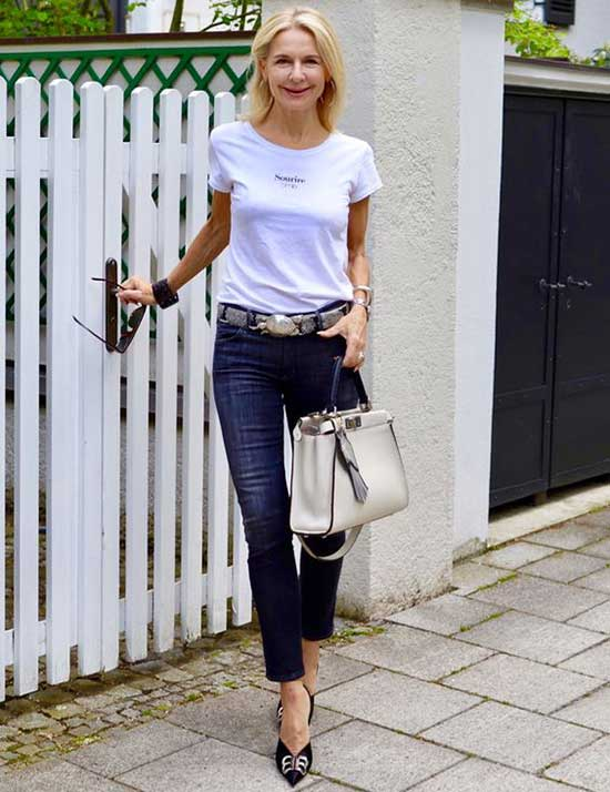 Jean Summer Outfits for Women Over 50-10