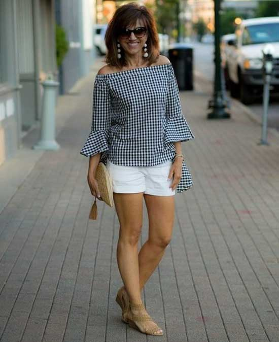 Spring and Summer Outfits for Women Over 50-12
