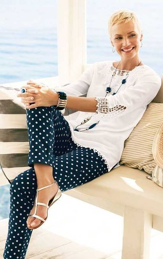 Summer Business Casual Outfits for Women Over 50-13