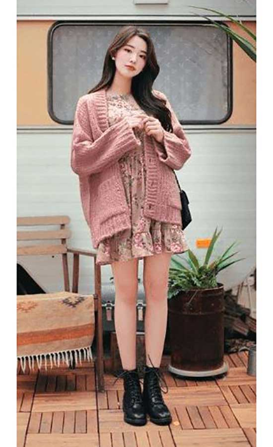 Korean Cardigan Outfit Ideas-17