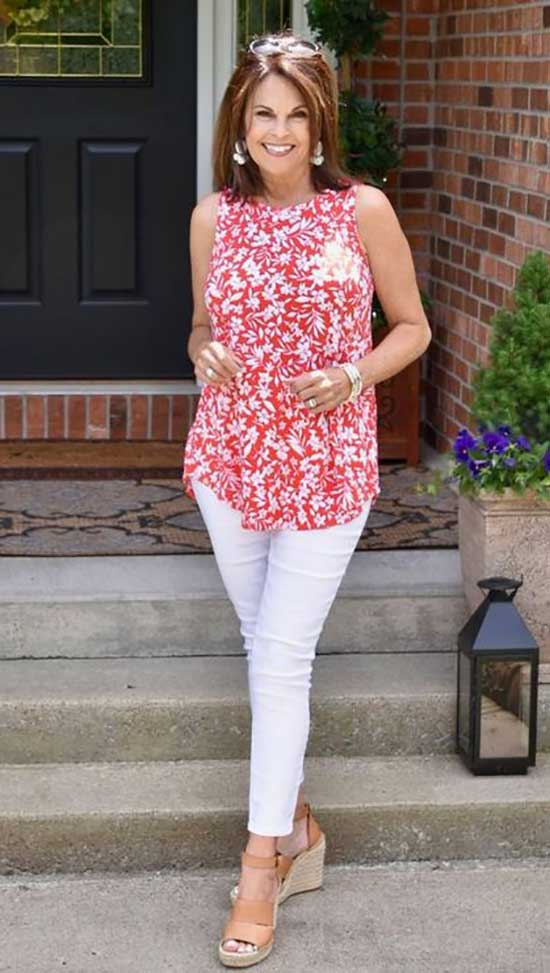 Summer Office Outfits for Women Over 50-22
