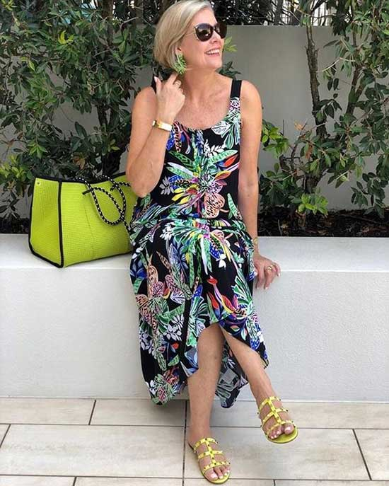 Summer Outfits for Women Over 50-34
