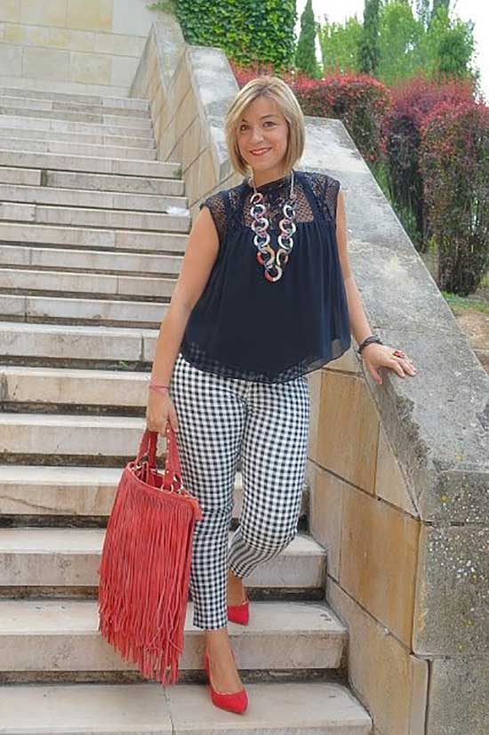 Summer Outfits for Women Over 50-36