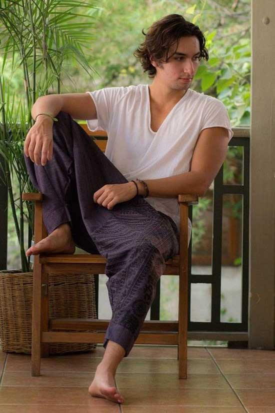 Bohemian Hippie Outfits for Men-9