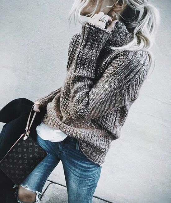 Cute December Sweater Outfits
