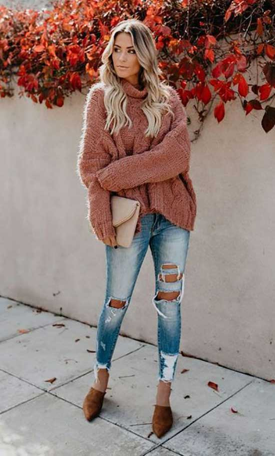 Casual Thanksgiving Boyfriend Jeans Outfits